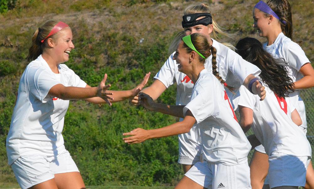 2016 Davenport Girls Soccer Preview