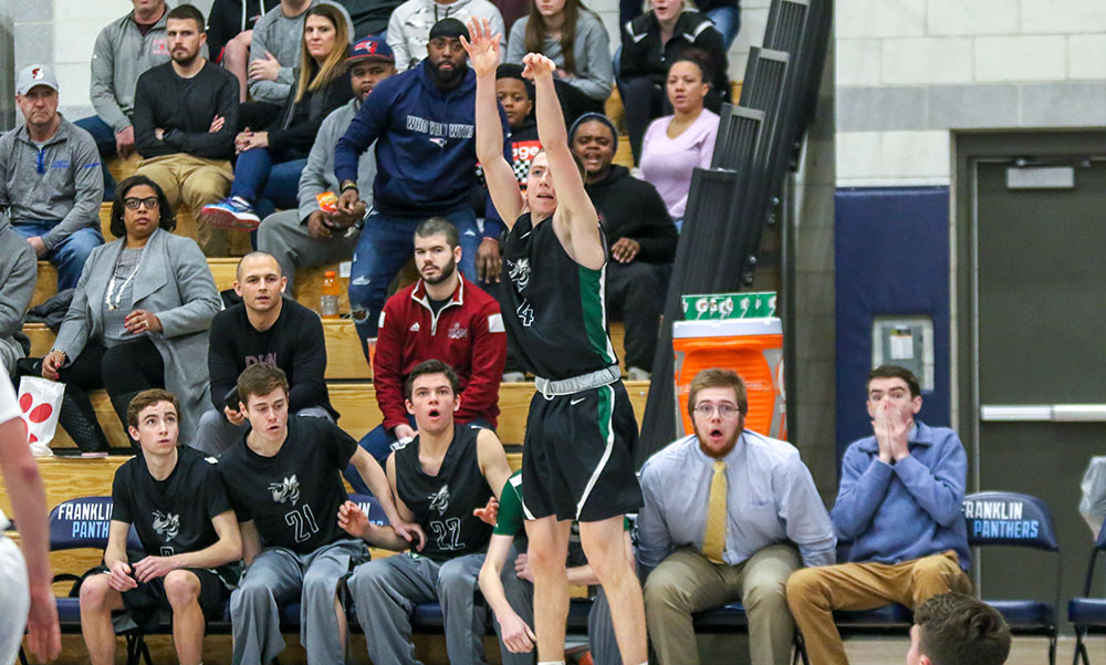 Mansfield boys basketball Tommy Dooling
